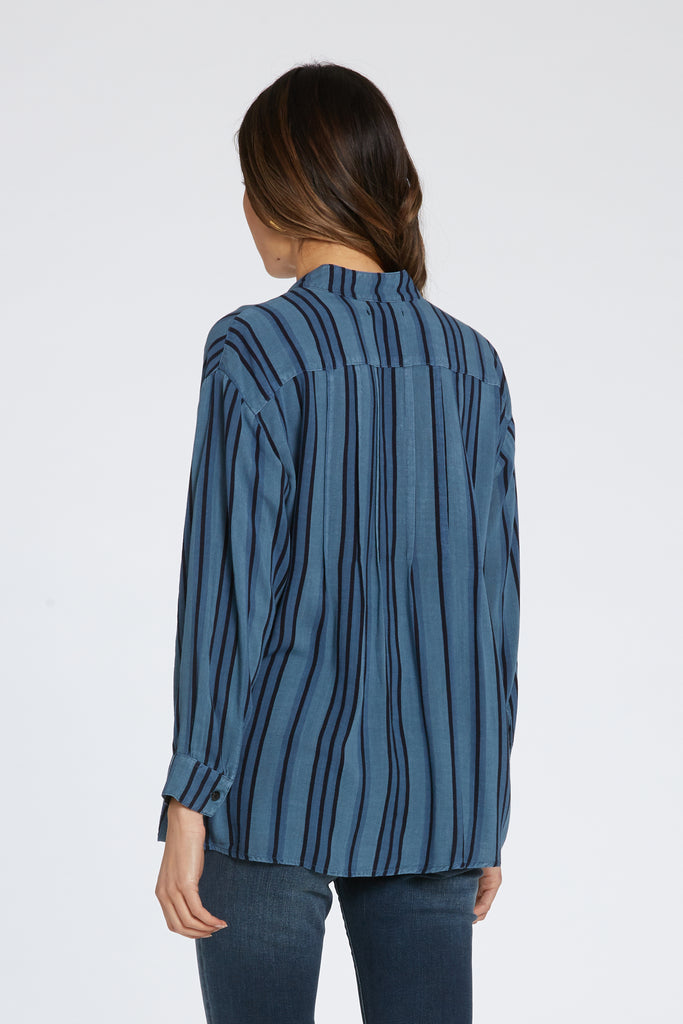 SHANELL TOP IN STONED BLUE STRIPE
