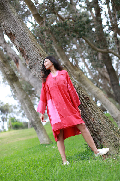 V-NECK BANDHINI KAFTAN DRESS, SHINY RED SILK - SAAKI