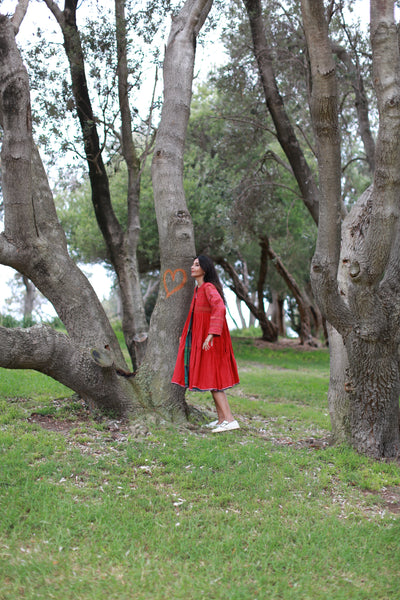 PLEATED CIRCLE COAT DRESS, RED - SAAKI