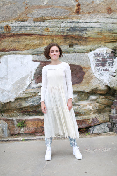 MOGRA PINTUCK DRESS, SHINY OFF-WHITE/WHITE - SAAKI