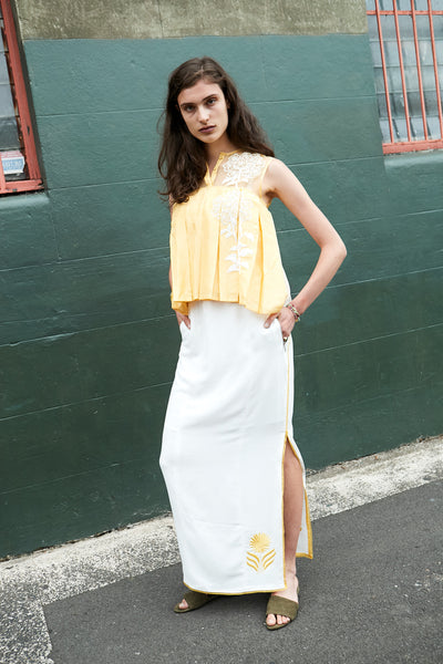 FLOWER-EMBROIDERY PLEAT TANK, YELLOW - SAAKI