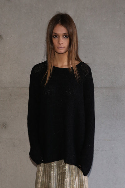 HAND-KNIT WOOL SWEATER, BLACK - SAAKI