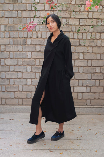 DIAMOND WEAVE COAT-DRESS, BLACK MERINO WOOL - SAAKI