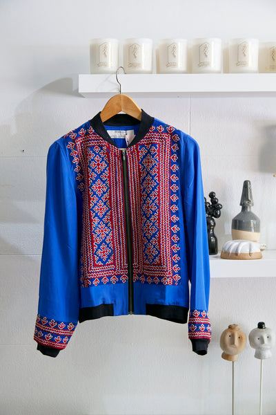VINTAGE EMBROIDERY BOMBER JACKET, BLUE // RED SILK - SAAKI