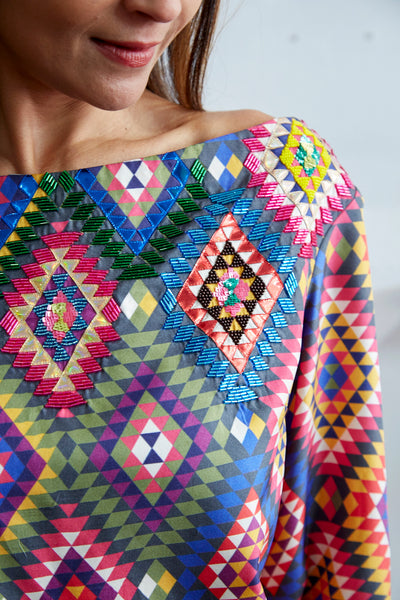 DIAMOND SILK BLOUSE, MULTICOLOR SEQUENCE