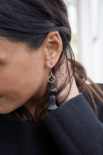 TEMPLE FLUTED EARRINGS, BLACK EBONY - SAAKI