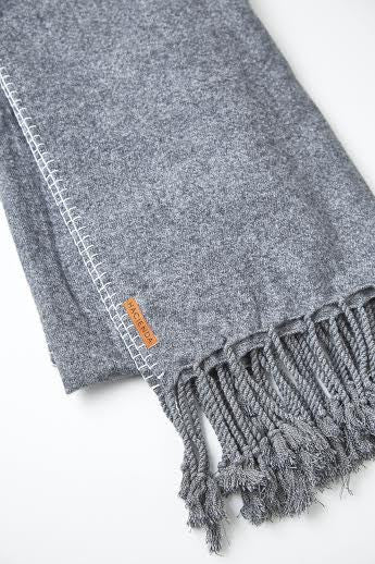 BRUSHED COTTON TASSEL THROWS, CHARCOAL - SAAKI
