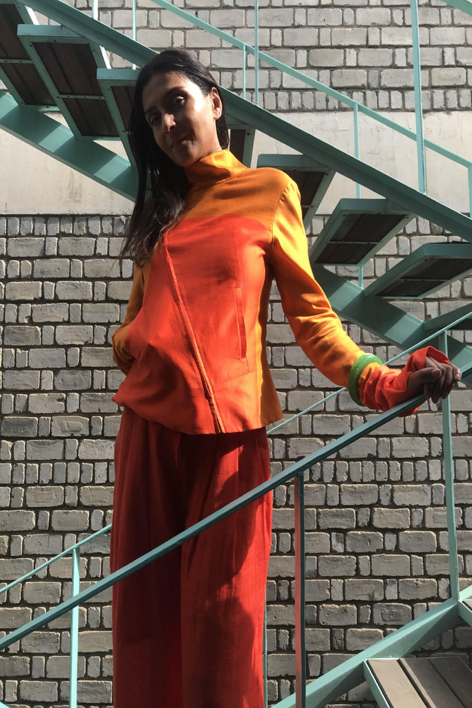 FITTED FRONT DIAGONAL ZIP-UP JACKET, ORANGE/RED COLOR BLOCK - SAAKI