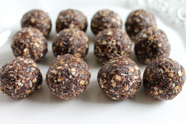 Oaty chocolate bliss balls