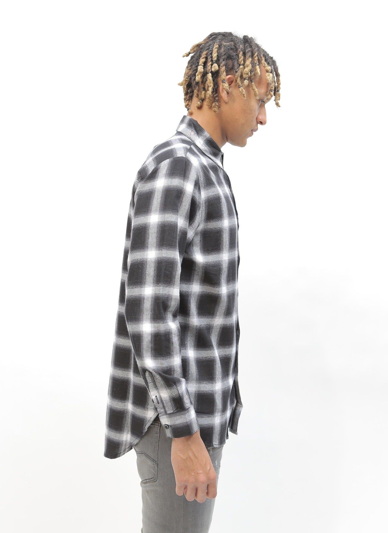 Long Plaid Flannel Black/White