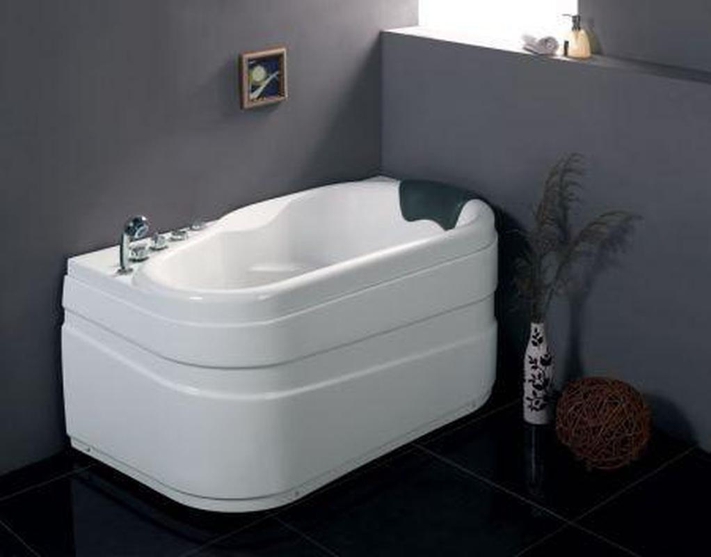 EAGO AM175-R/ AM175-L - 5\'\' White Acrylic Corner Whirpool Bathtub ...