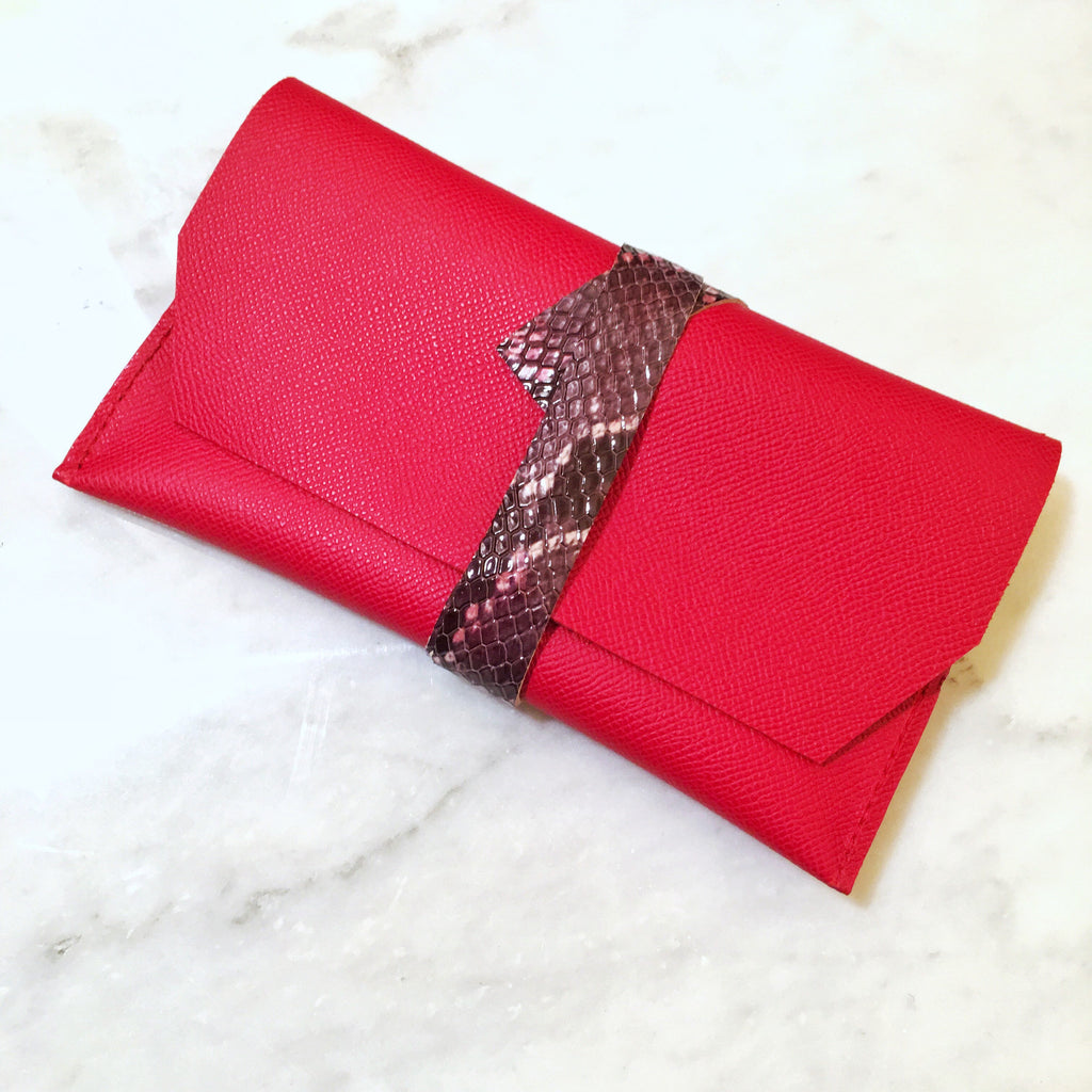Melinda Essentials Clutch