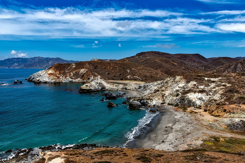 A landscape shot of a bay on Catalina Island off the coast of California.