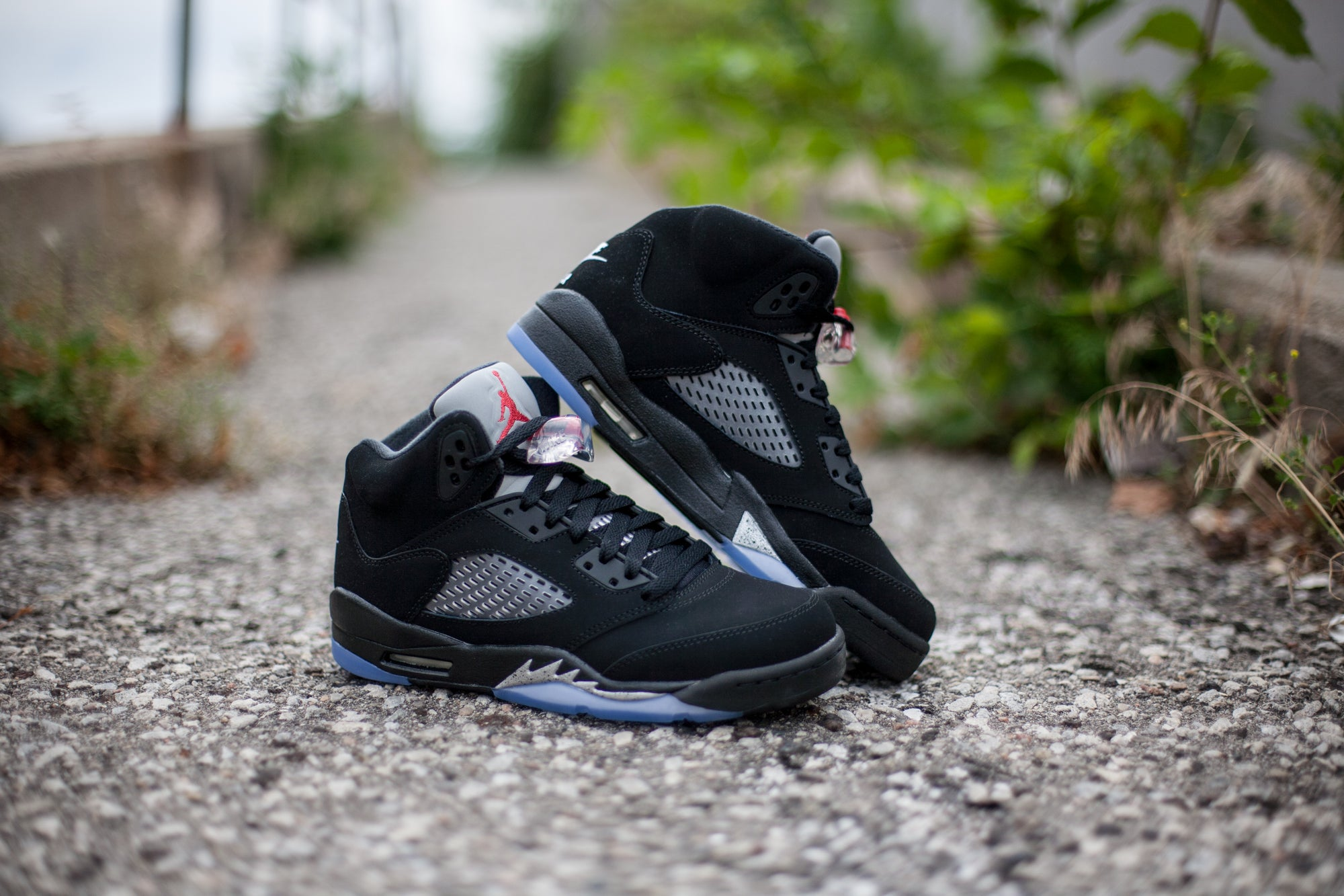 0f57a162654 The Jordan Brand has been remastering retros all year long, and one of the  most highly anticipated releases of 2016 has finally arrived. The Air  Jordan 5 ' ...