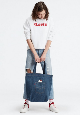 LEVI'S HELLO KITTY BACK POCKET TOTE