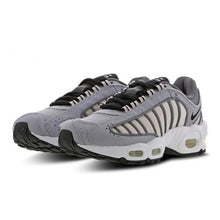 Load image into Gallery viewer, NIKE W AIR MAX TAILWIND IV - CJ7976-006 - Ateaze Canada
