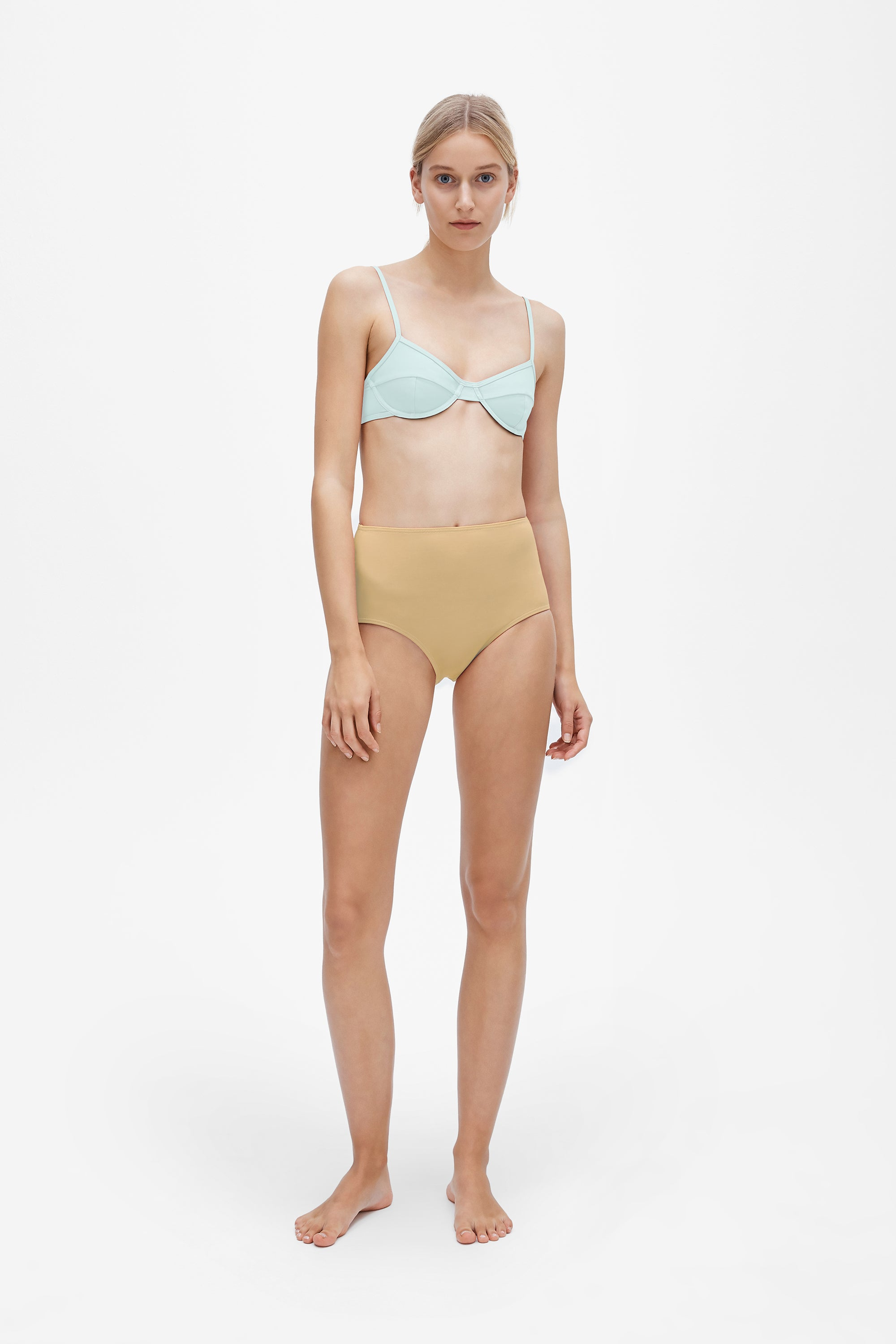 Elle top in Cool mint - Brief in Light straw