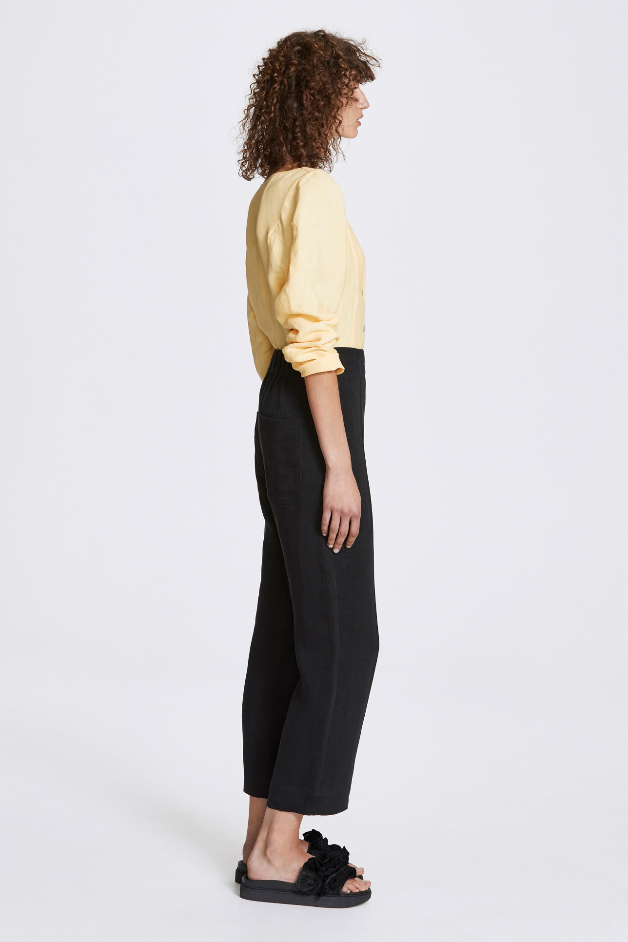 Exposed cropped leg trousers - Heavy linen - Black