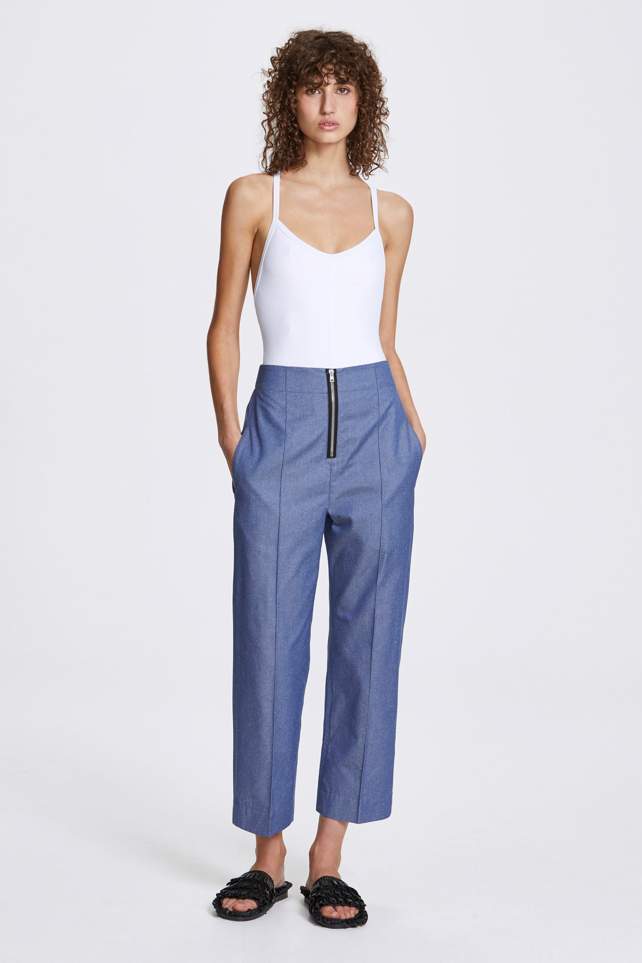 Exposed cropped leg trousers - Silk cotton - Blue denim