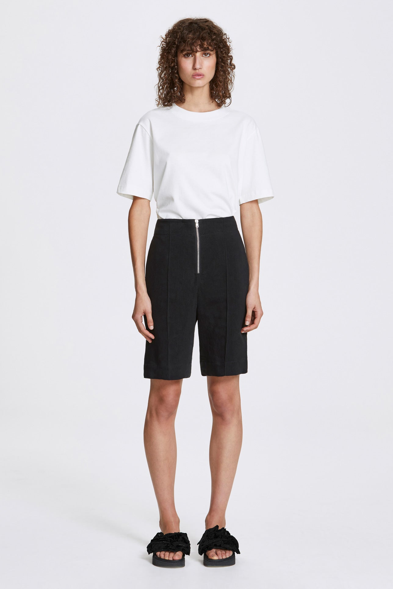 Exposed wide leg shorts - Heavy linen - Black