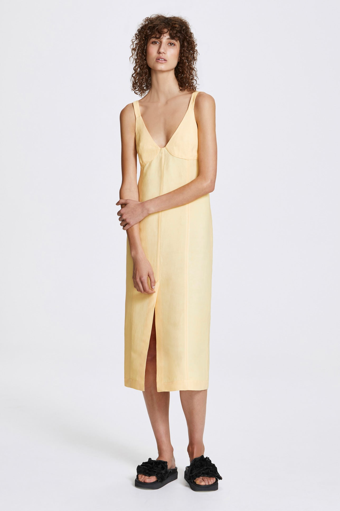 Double vent slip dress - Linen blend - Butter yellow