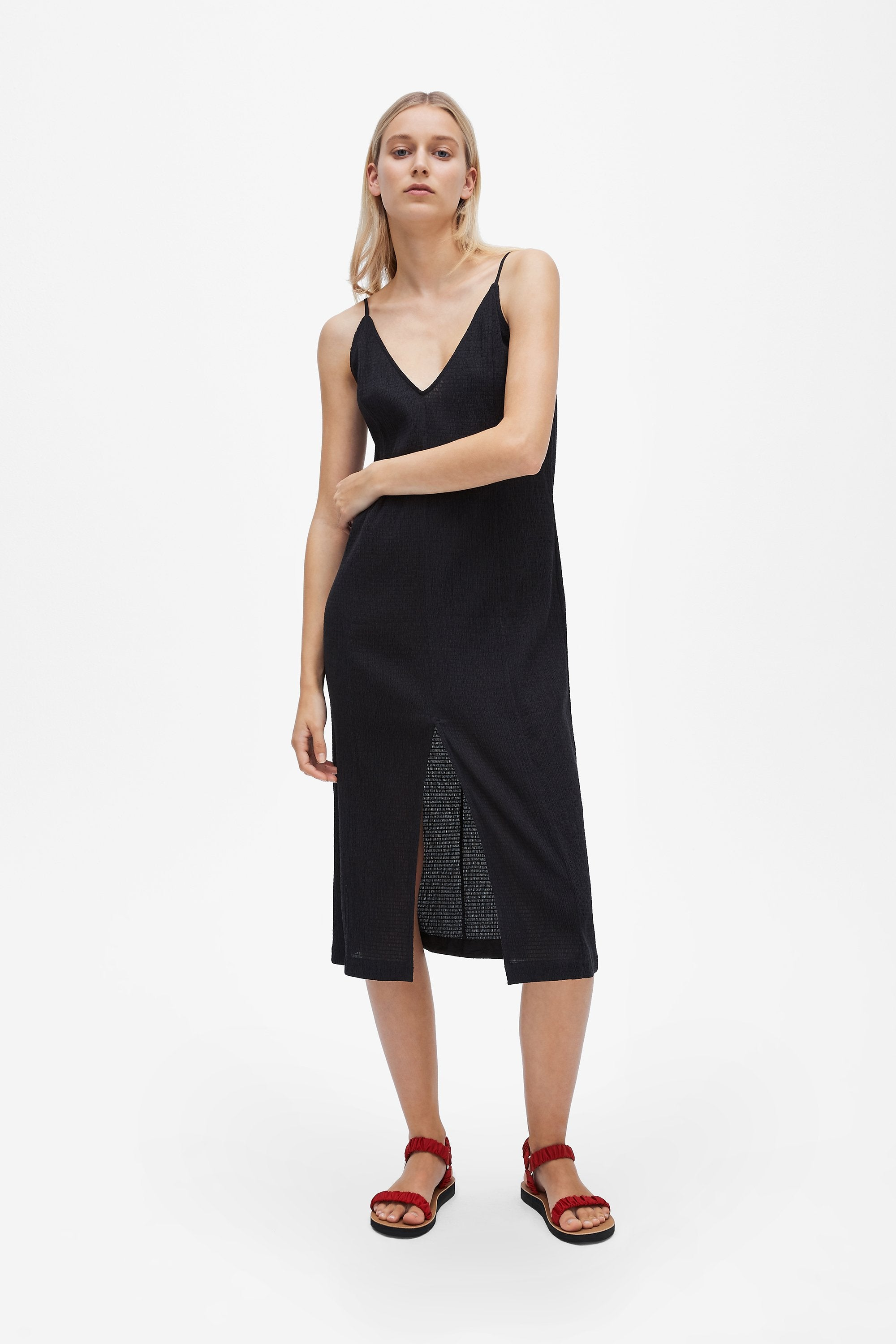 Split slip dress - Shirred voile - Black - Resortwear dress - Her Line