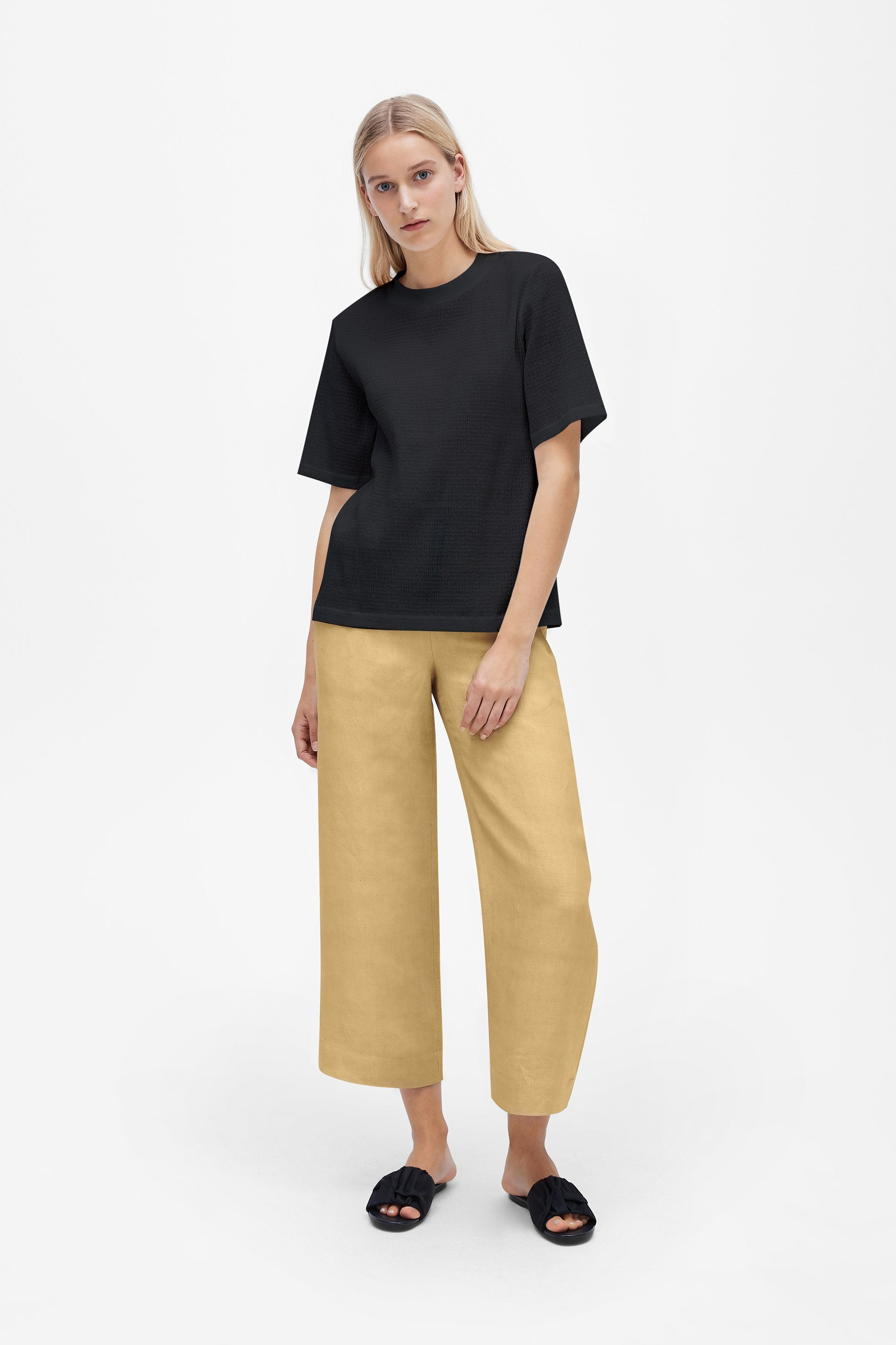 Classic t-shirt - Shirred voile - Black - Resortwear top - Her Line