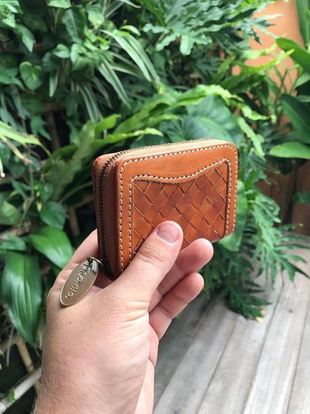 """Lizzy"" wallet"