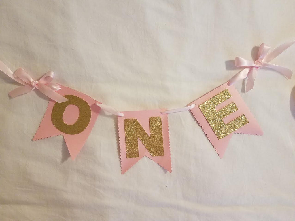 Pink and Gold with Scallop Edge ONE High Chair Birthday Banner - Super Capes and Tutus, Birthday Party Banners, [product_tags]