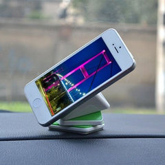 Cube Design Car Phone Holder