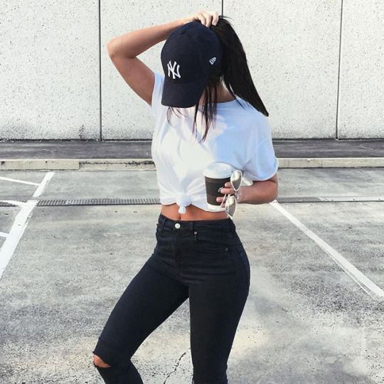 6+ Ways to Make Your White Tee from Basic to Perfection