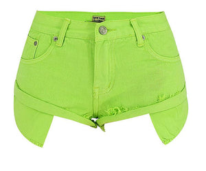 shorts in denim slim a vita bassa con bordi arrotolati verde senape - Lupsona