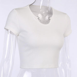 metal chain decoration low cut slim crop top - Lupsona