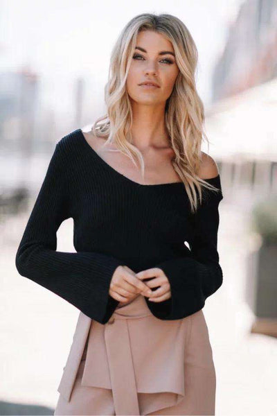 Jednoduchý V Neck Flare Sleeve Crop Sweater