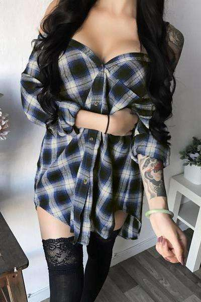 Off-the-shoulder Tartan Shirt