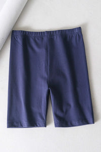 short de yoga sportif de couleur unie