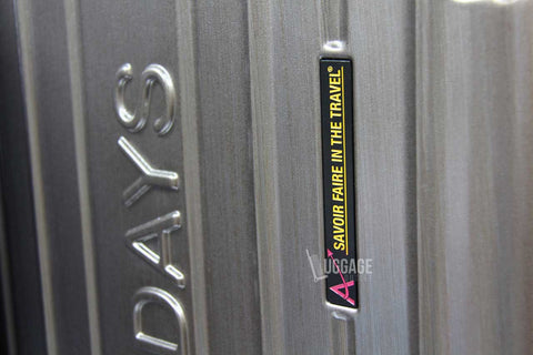 Luggage Outlet Singapore - Customised Logo Metal Tag
