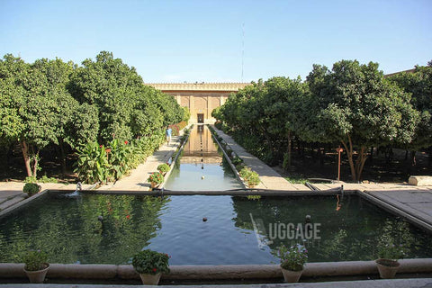 Luggage Outlet Singapore - Shiraz Arg-e-Karim-Khan Iran