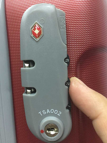 Luggage Outlet Singapore TSA lock step 2
