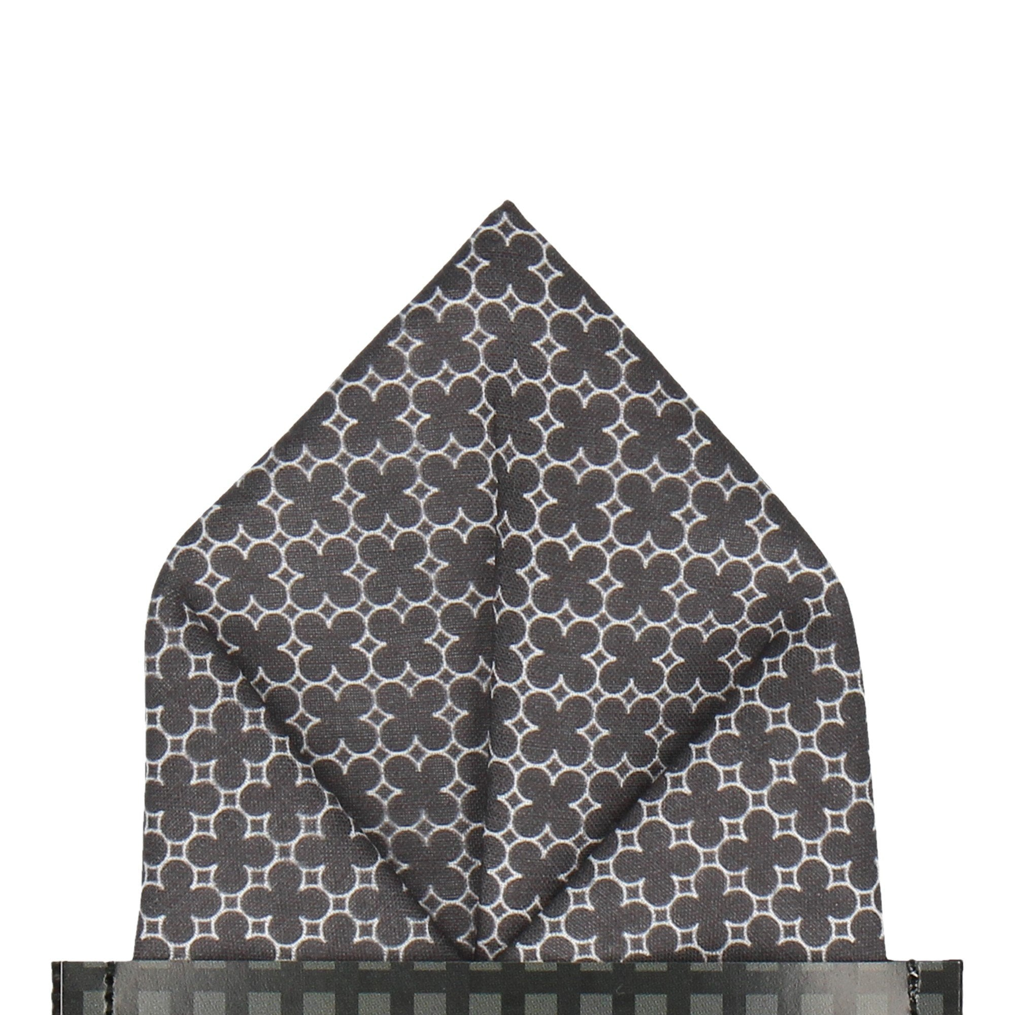 Notre-Dame in Black Pocket Square