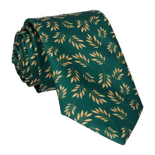 Anglia in Green Tie