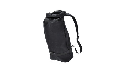 Luke Daypack - Solid Black / Black