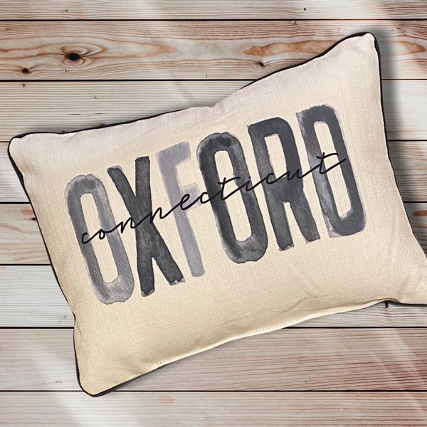 Oxford Connecticut Throw Pillow with Gray Piping - 19-in