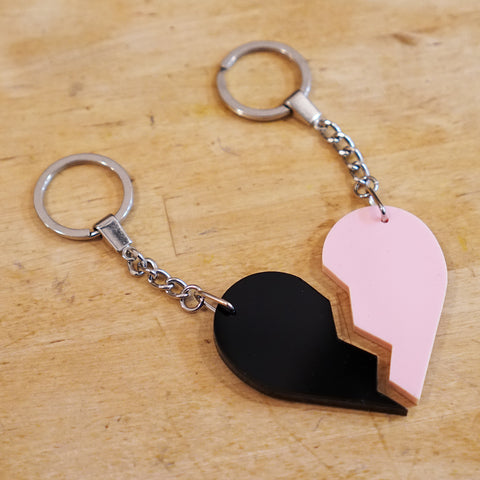 Broken Heart Keychain Set Black/Pink