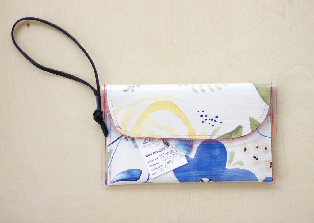 Waverly | Tiny Clutch with Wristlet - SS0105