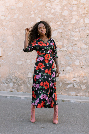 GABRIELA wrap dress - Black floral