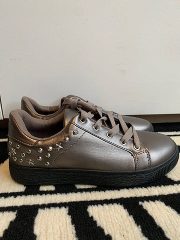 Sneaks With Stud Detail - Gun/Black
