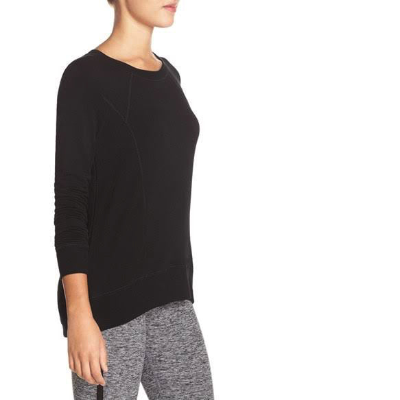 Pointed Band Pullover
