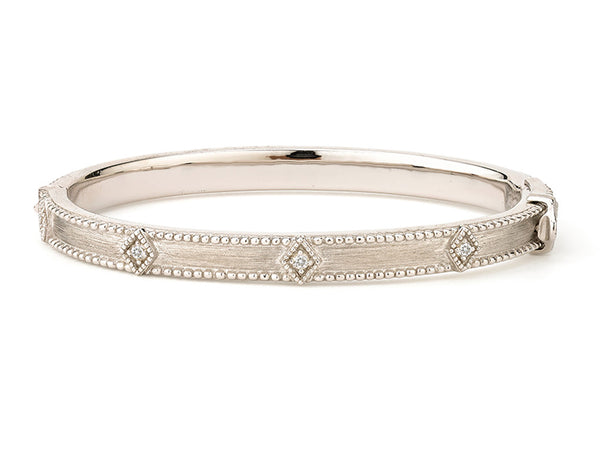 Lisse Simple Kite Shaped Bangle
