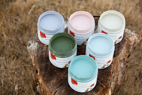 Country Chic Paint's All-in-One Decor Paint #fall #winter #shabbychic #paintedfurniture #homedecor #furniturepainting #furniturepaint #furniture #ecofriendlypaint #ecofriendly #DIY #countrychicpaint #claybasedpaint #claybased #ccp #allinonepaint #allinone #limitededition - www.countrychicpaint.com